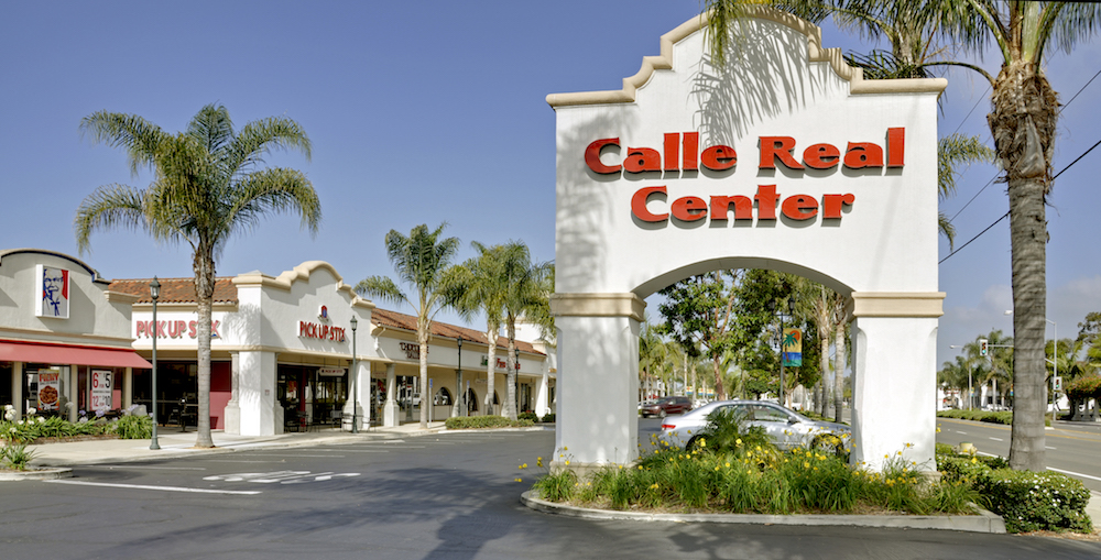 Shopping Center with restaurants, professional and business services